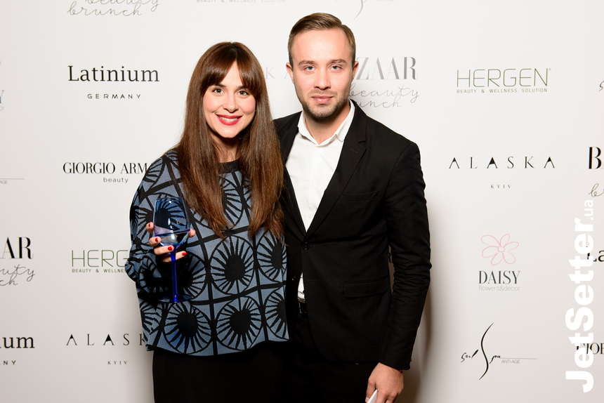 Bazaar Beauty Brunch в Alaska