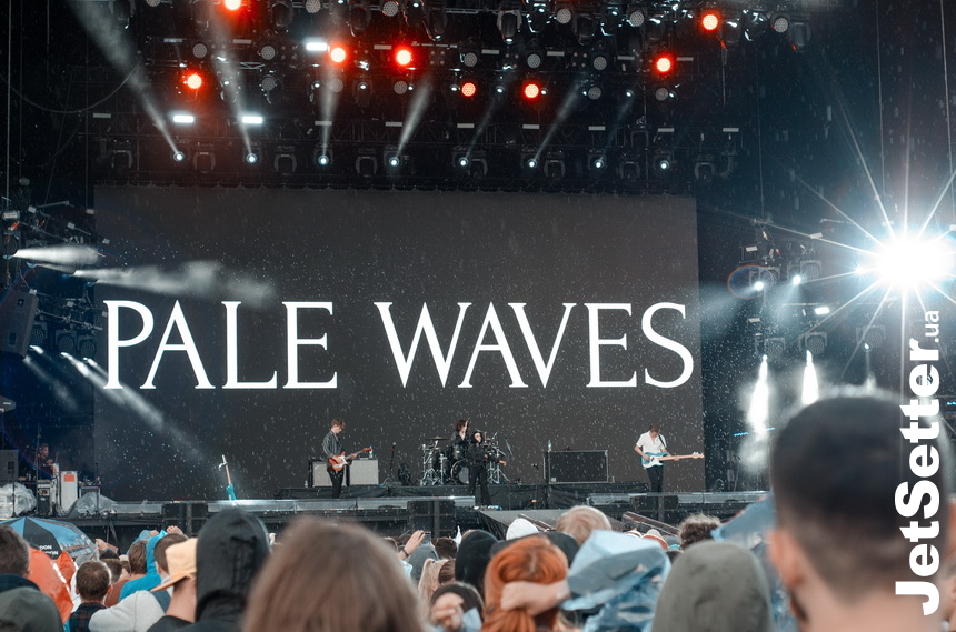 виступ Pale Waves