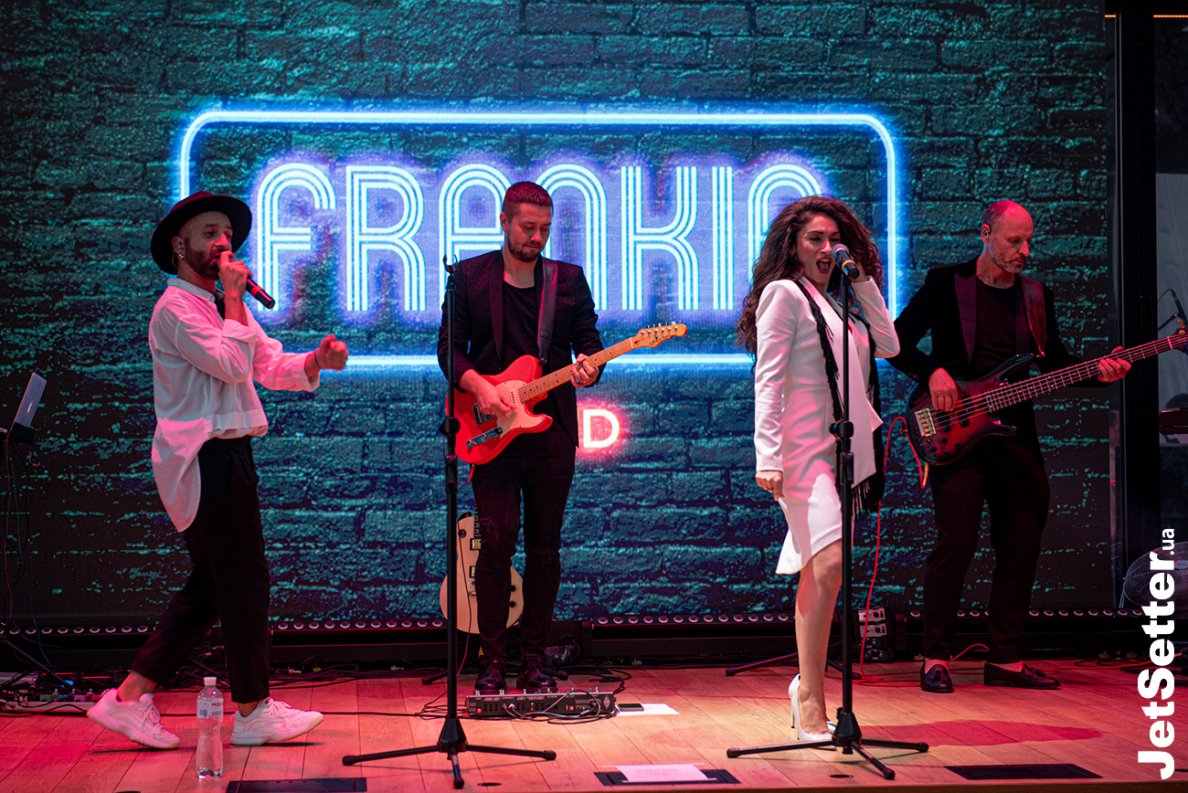 FRANKIE COVER BAND
